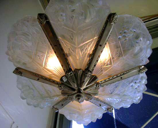 6819 Art Deco Noverdy Chandelier