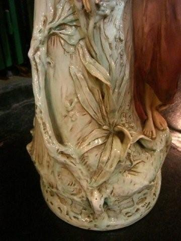 7044 Lady Art Noveau Vase