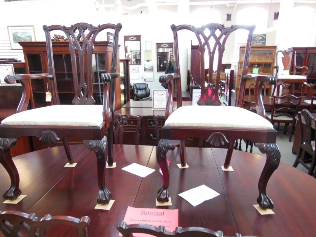 Set of 6 chippendale chairs
