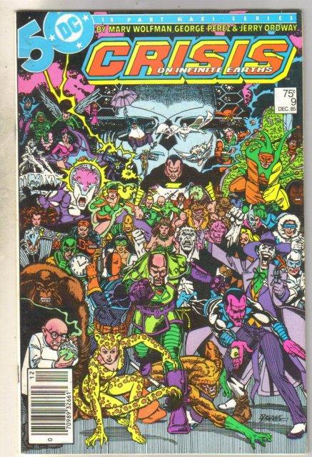 Crisis on Infinite Earths #9 comic book near mint 9.4