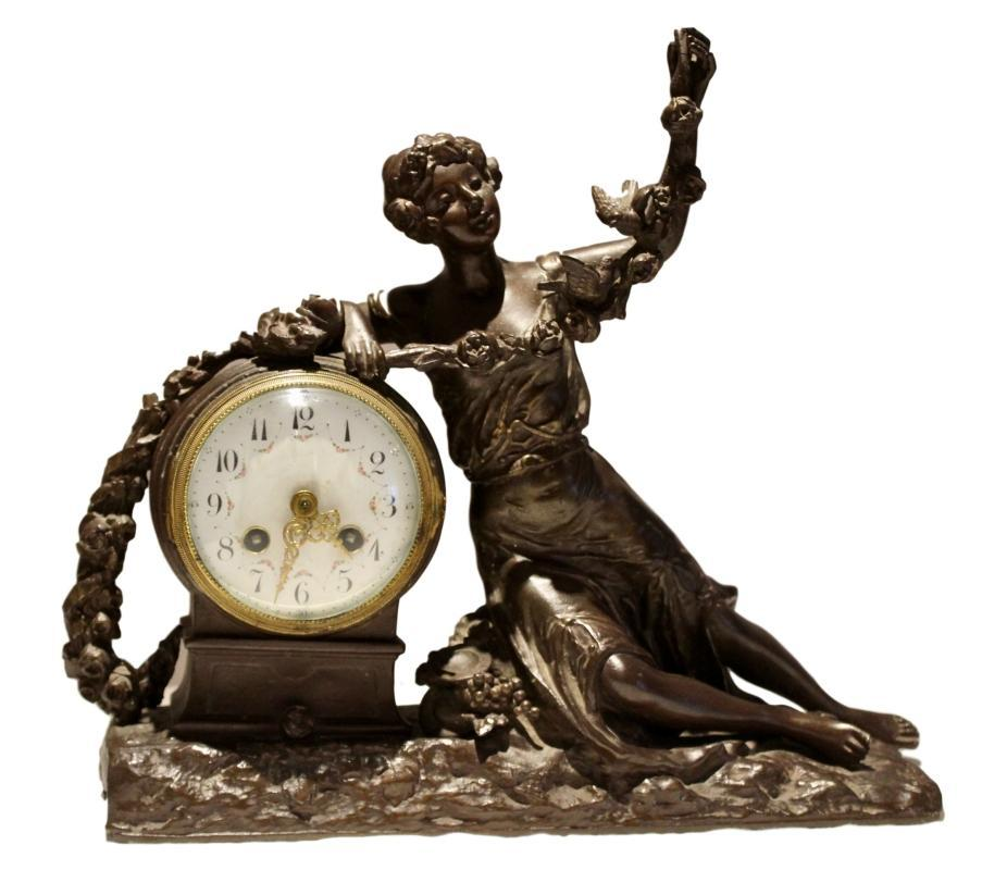 Spelter clock, signed by R. Richard