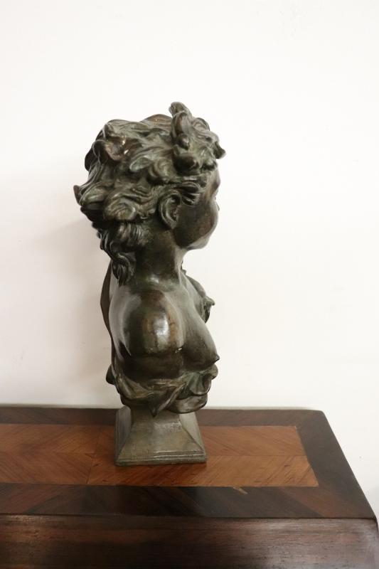 20th Century Italian Art Nouveau Sculpture in Bronze Bust of a Young Girl