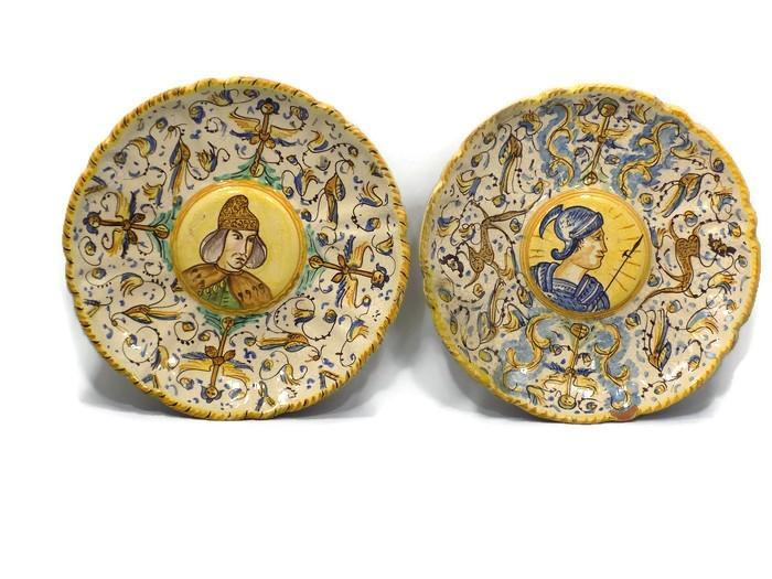 Italian Majolica Antique Plates Renaissance Revival Pair                                           of Portraits, Late 1800's