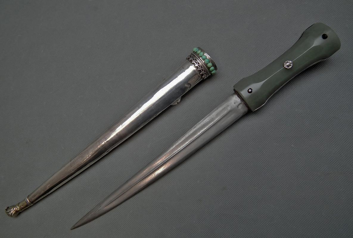 Antique Turkish Ottoman  Jade Hilted Dagger Islamic Khanjar In Silver 1700