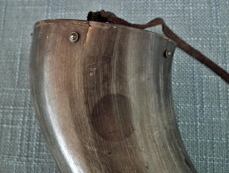 Antique 19th century American Bison/Buffalo Gun Powder Horn