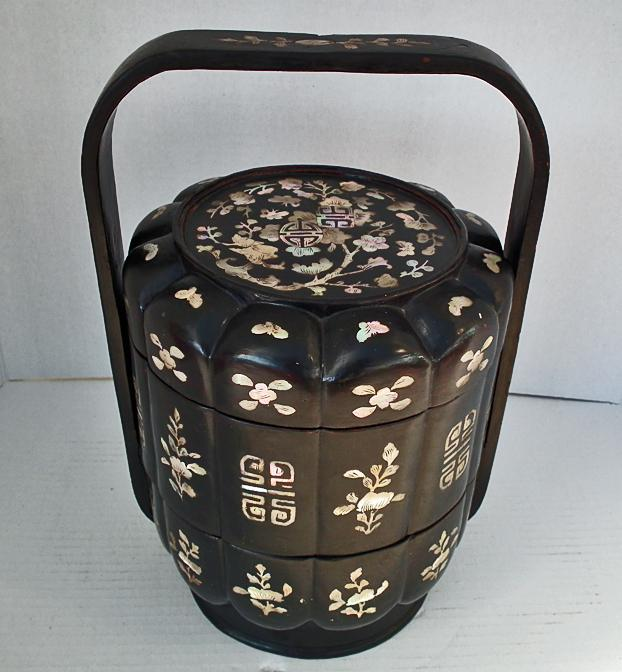 Antique Chinese Mother Of Pearl Inlaid Lacquer Qing Dynasty Wedding Basket Lunch Box