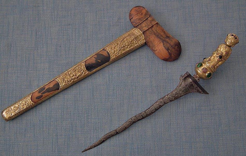 Antique Balinese Indonesian Bali Sword Keris Kris Gold Gild Bayu Hilt