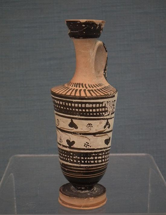 Ancient 5th century B.C. Greek Athenian Black Figure Terracotta Lekythos