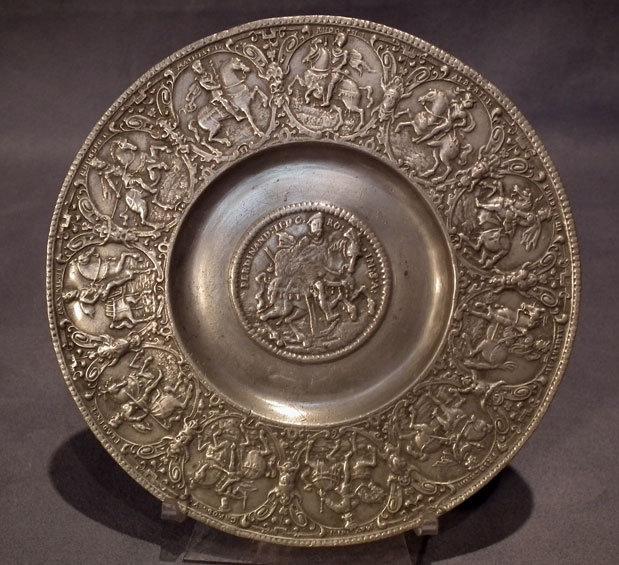 Antique 17th century Nürnberg Zinn Pewter Relief Plate Kaisertel