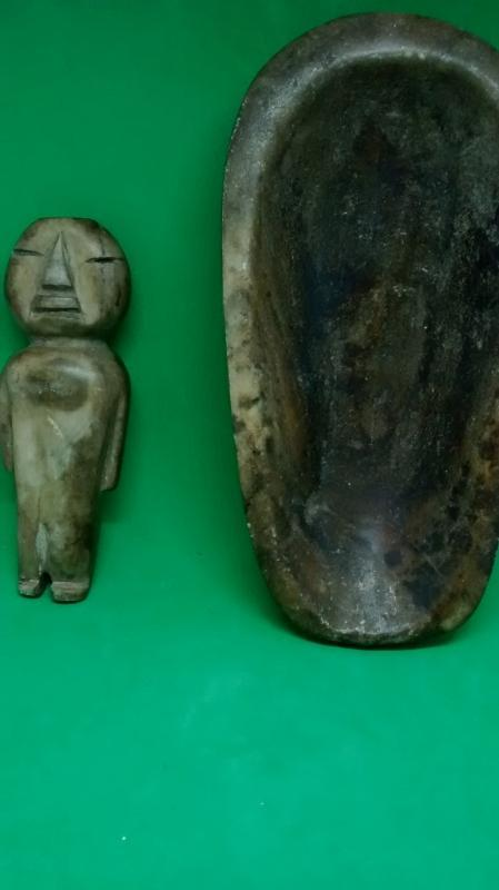 Early American or Inuit (Eskimo) stone doll w/cradle