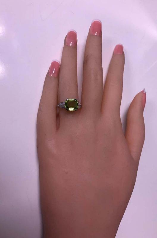 Art Deco Platinum Peridot Diamond Ring, circa 1920