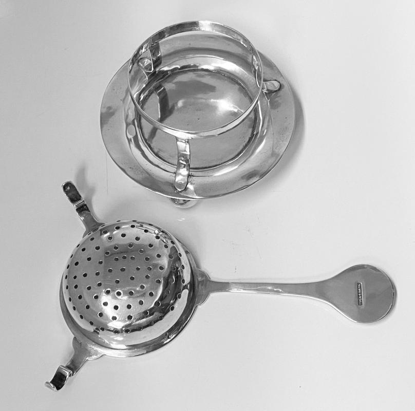 Chinese Export Silver Tea Strainer on stand, Tuck Chang, Shanghai C.1900