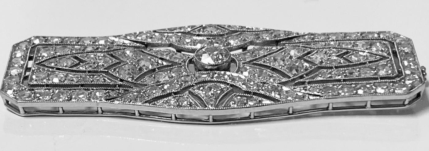 Art Deco French Diamond Platinum plaque Brooch, C.1910
