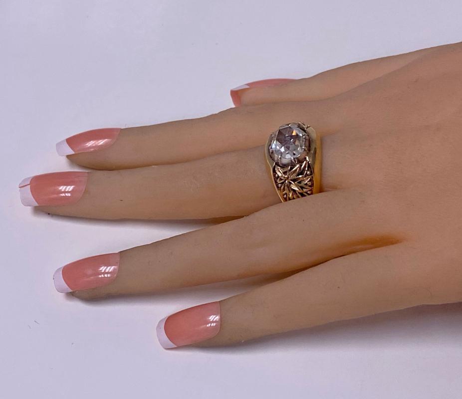 Antique Gold and Rose cut Diamond Ring C.1930.