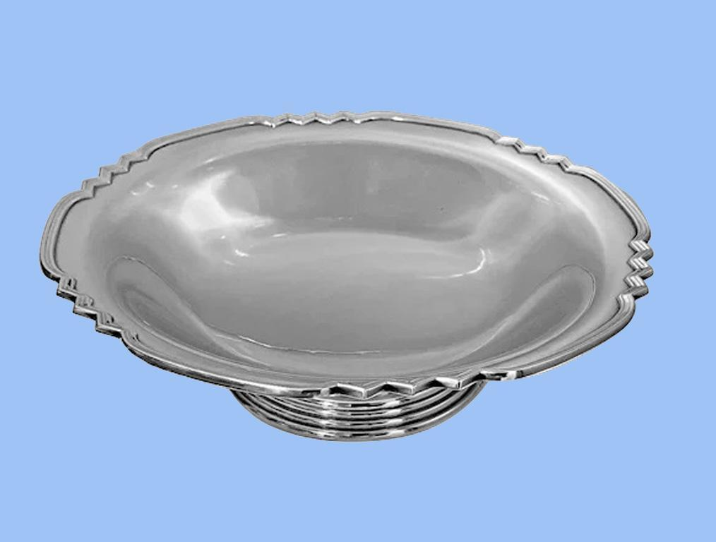 Art Deco style Sterling Bowl, Birmingham 1960, Walker and Hall