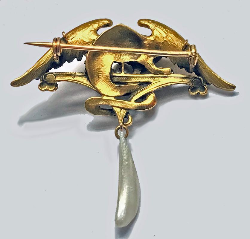 French Art Nouveau 18K mythological brooch Pendant, C.1900