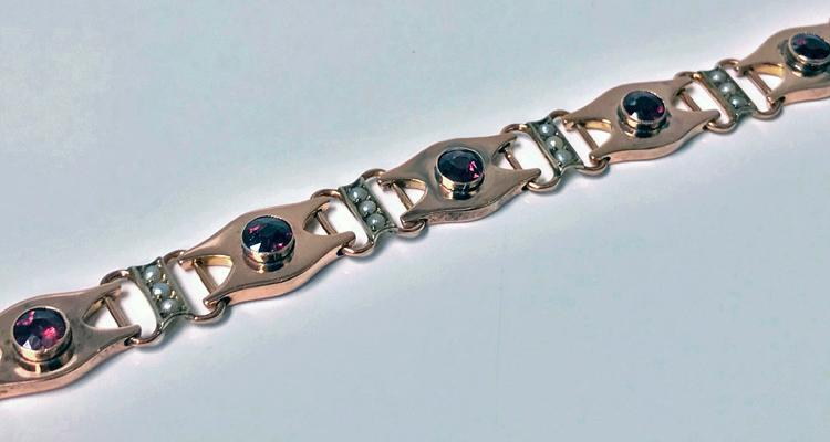 Arts and Crafts Gold Garnet and Pearl Bracelet, English C. 1910