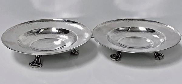 Fine Pair Omar Ramsden Sterling Silver Dishes, London 1931
