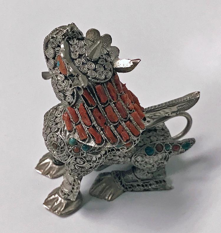 Sterling silver Foo Lion Dog colour stone inlay probably Chinese, C.1950