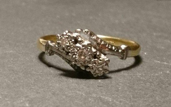 Vintage 20's 18k gold, platinum and diamond trilogy ring