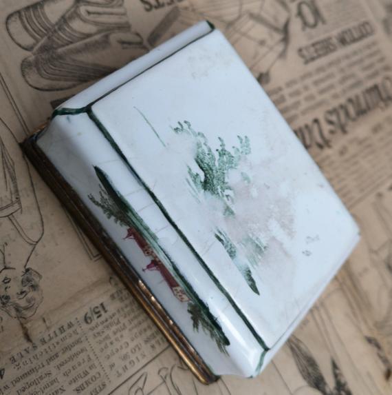Antique 18th century German enamel snuff box