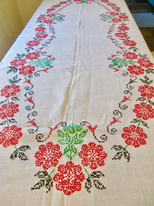 Vintage Hand Embroided Tablecloth 66x100 Ecru Linen w/Red Flowers Green Leaves