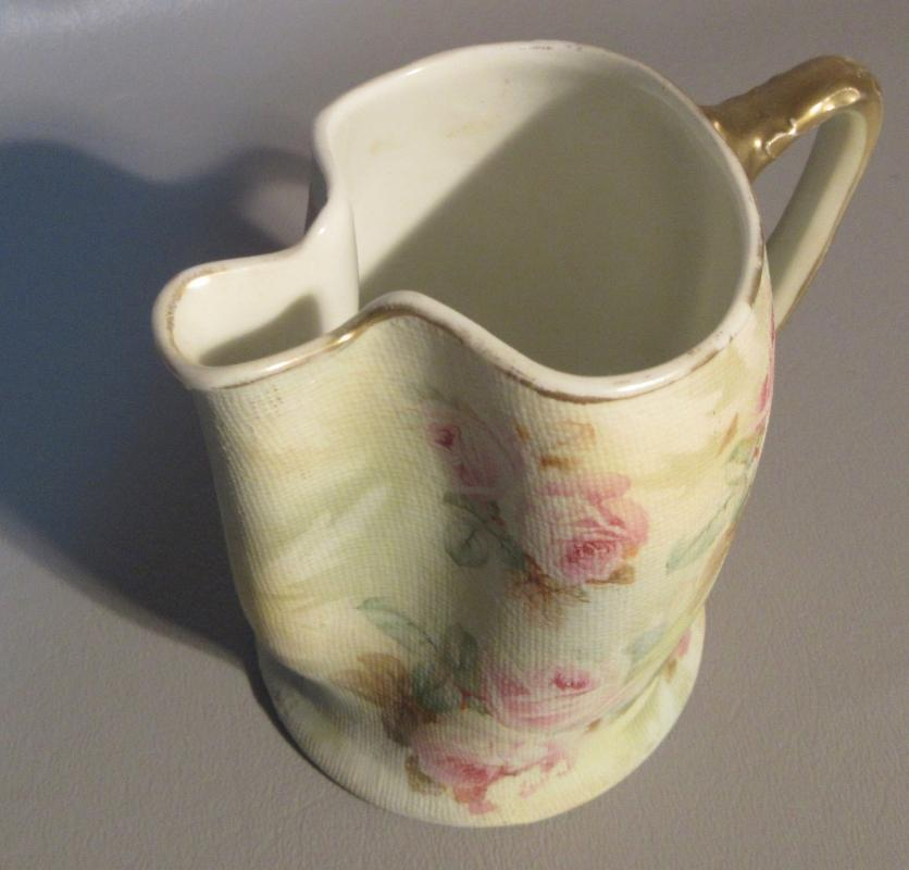 c1902 Royal Bayreuth Tapestry Pinched Creamer Cream Pitcher Pink Roses & Gold Accents