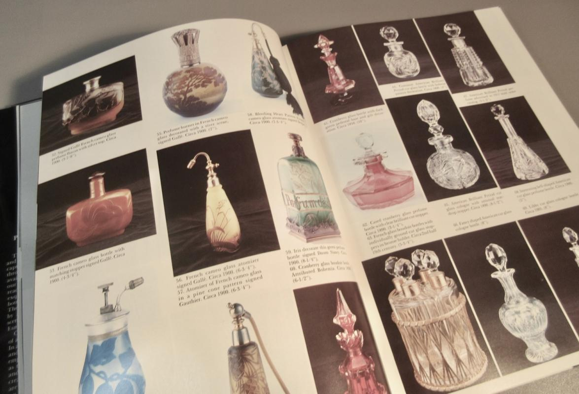 Schiffer Collectors Book Perfume, Cologne and Scent Bottles HC 244 Pages