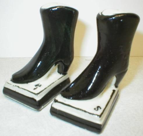 Cute Pair of Black Boot Salt and Pepper Shakers - Japan