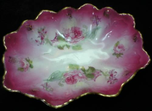 Sweet Roses Embossed Ruffled Trinket Dish