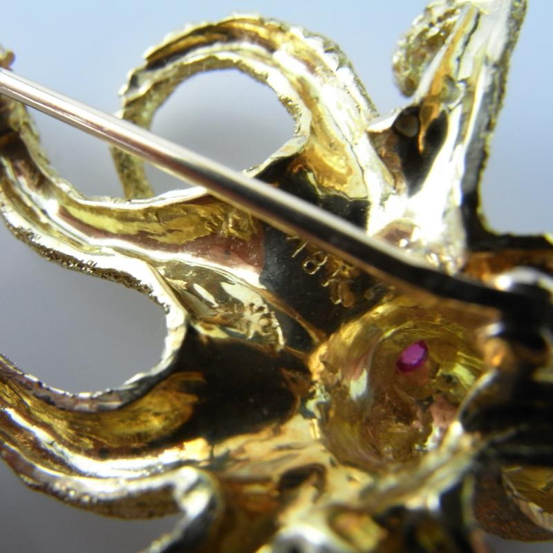 LUXURY 18K OCTOPUS OCTOPI JEWELRY BROOCH PIN Animal Sea Creature Organic Detailed LUXURY ARTISAN JEWELRY ESTATE RUBY DIAMOND ANNIVERSARY BIRTHSTONE