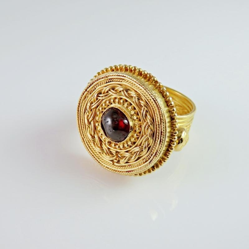 IMPORTANT ANCIENT Medieval Saxon Gold Ring circa 7th Century AD Medieval Garnet Gold Saxon Chieftain Ring Medieval Jewelry Saxon Warrior Chieftain Gold Ring Antique Men's Gold Ring