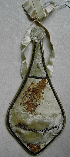Victorian Christmas jewlery holder