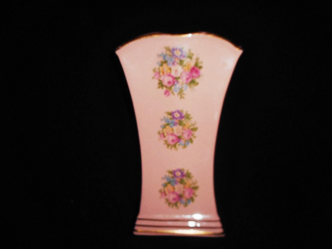 Vintage PRINCETON CHINA Hard-To-Find Dusty Pink Floral Vase, Pre-Owned, 1940s