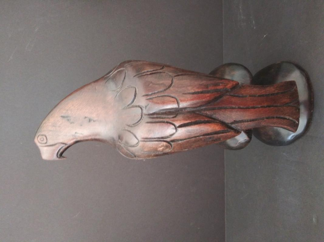 P. Nish eagle wood carving 1988 JA.W.T desk decor