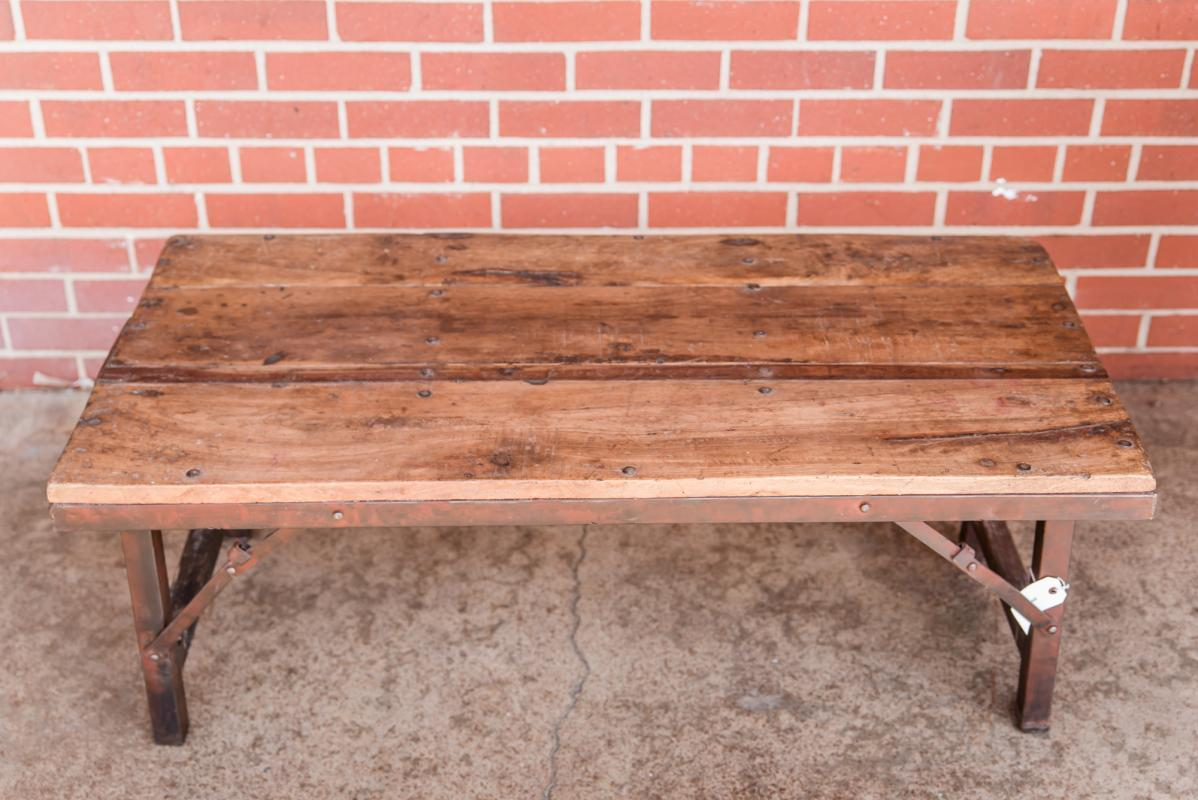 Vintage Farmhouse Folding Coffee Table, Wood Industrial Living Room Table, Outdoor Patio Table