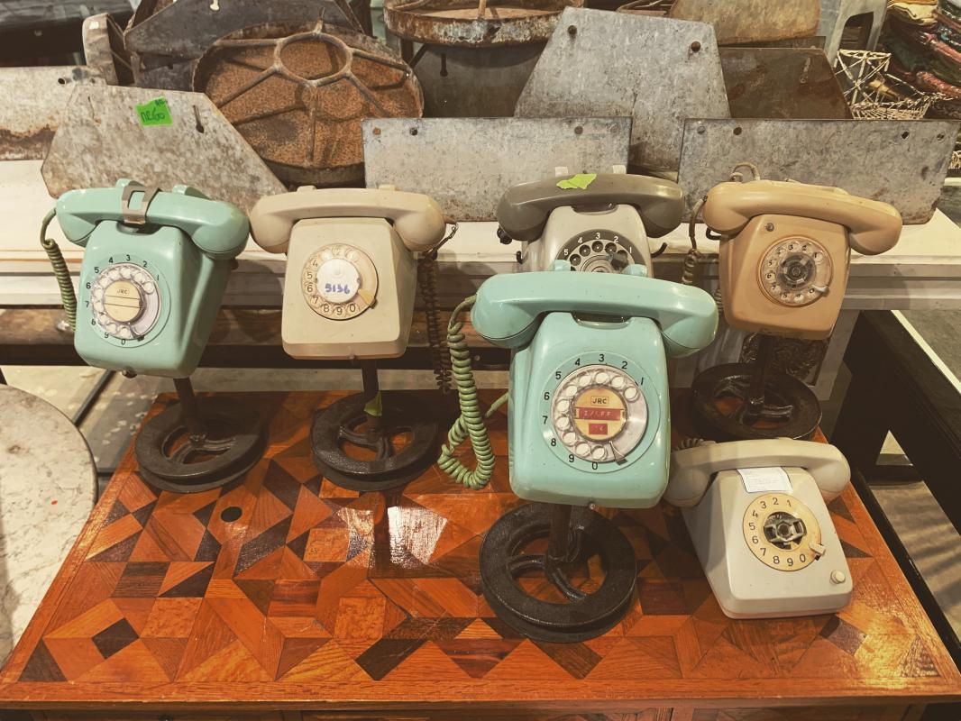Retro Telephone Home Accent | Vintage Old Telephone