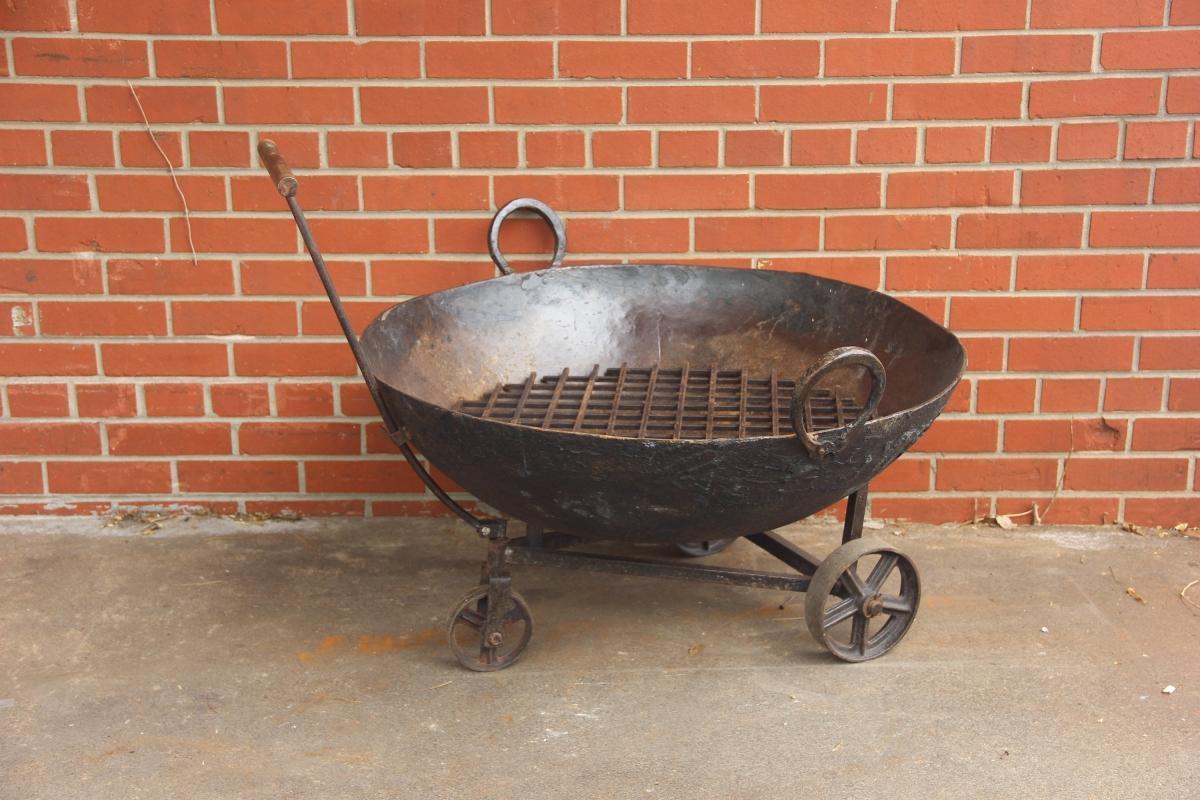 Vintage Fire Pit on Wheels, Rustic Metal Bowl, Kadai Bowl Primitive