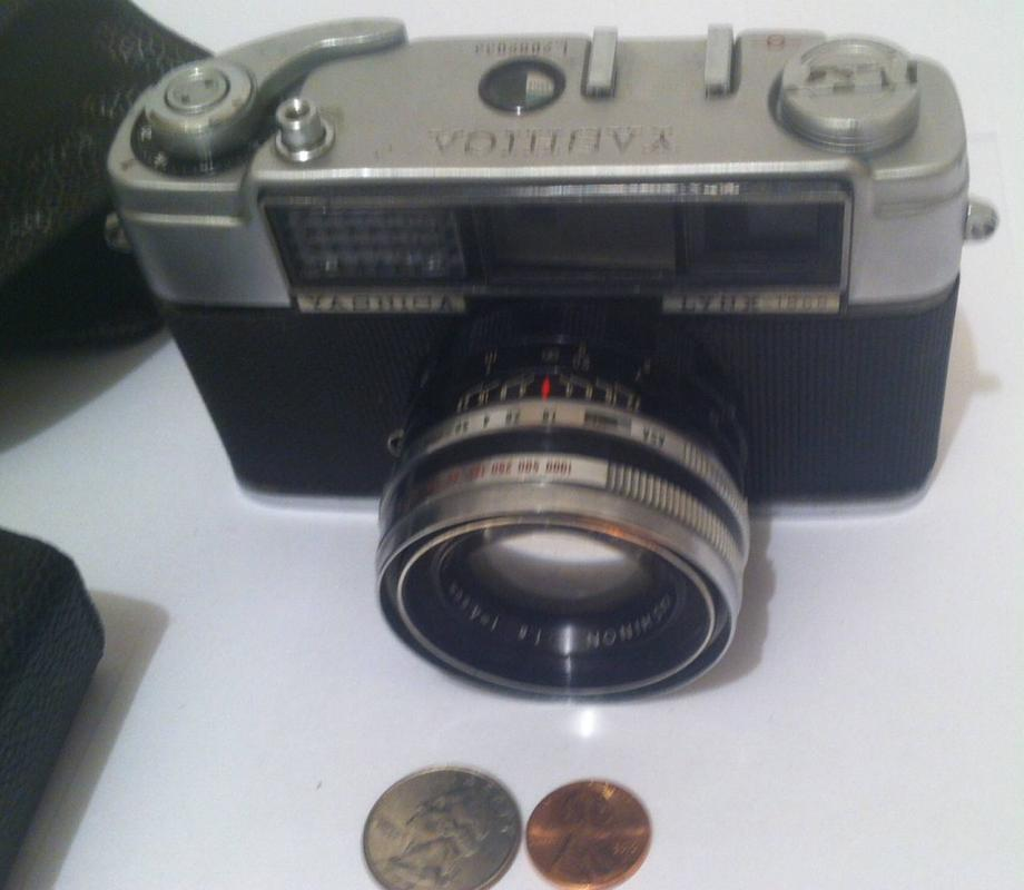 Vintage Yashica Lynx-1000 Camera, 35mm Film Rangefinder Camera Made By Yashica, Shelf Display, Home Decor, Photo, Photography, Pictures, Fun