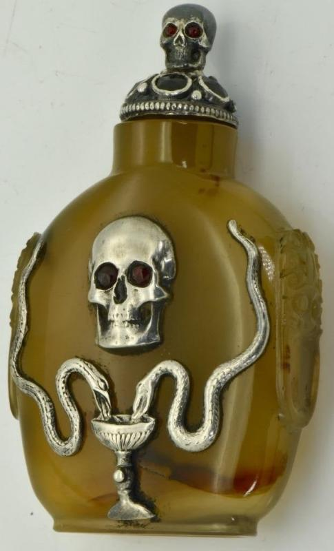 ONE OF A KIND important Victorian poison Skull&Snakes hand carved Agate bottle
