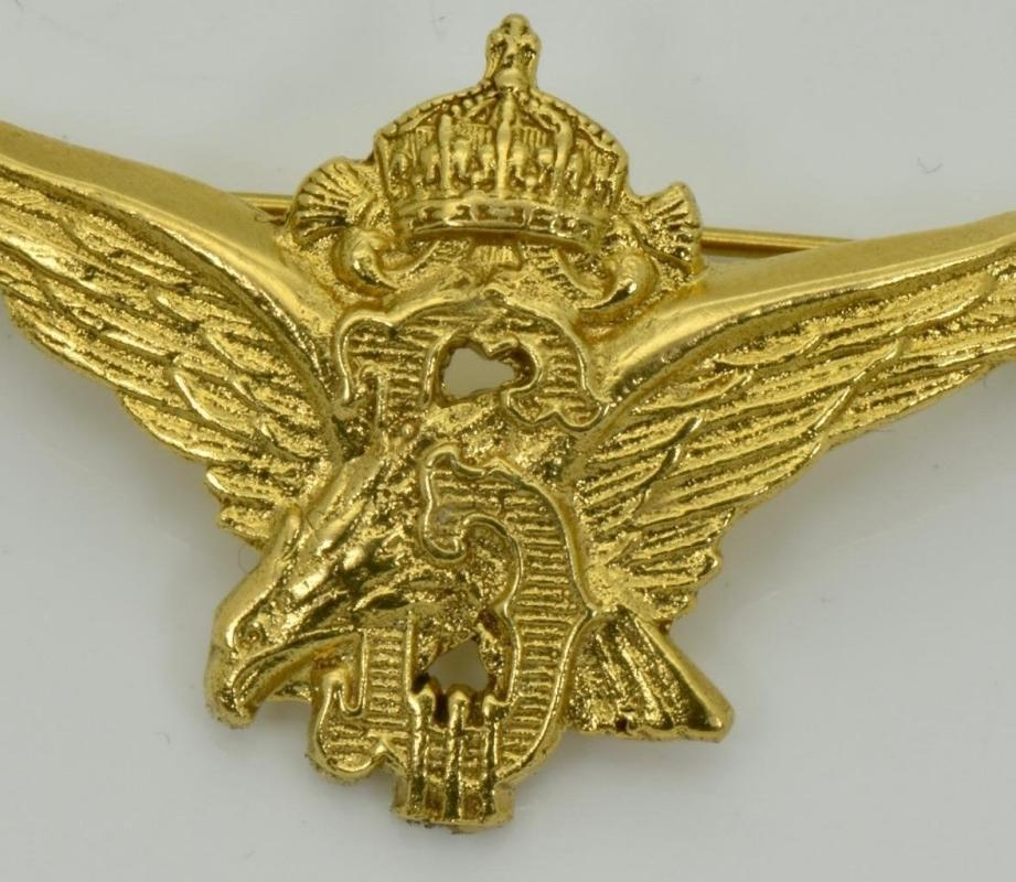 WWII Bulgarian Royal military pilot's ace award 18k gold plated silver badge