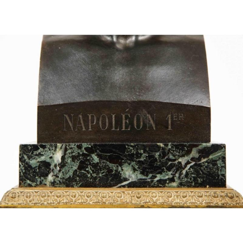 Exquisite French Patinated Bronze Bust of Emperor Napoleon I, after Canova