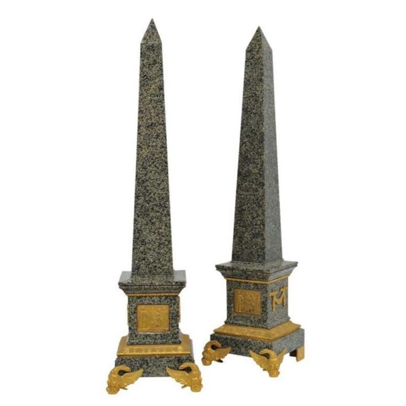Monumental Pair of Italian Grand Tour Ormolu-Mounted Green Granite Obelisks