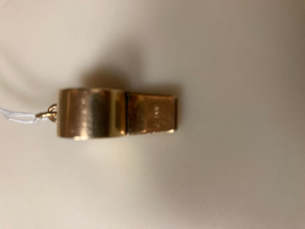 14 Gold Whistle - Pendant