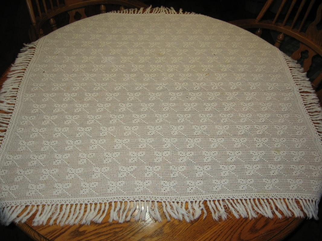 Hand Crocheted CLOVER LEAF Tablecloth - Vintage Textile