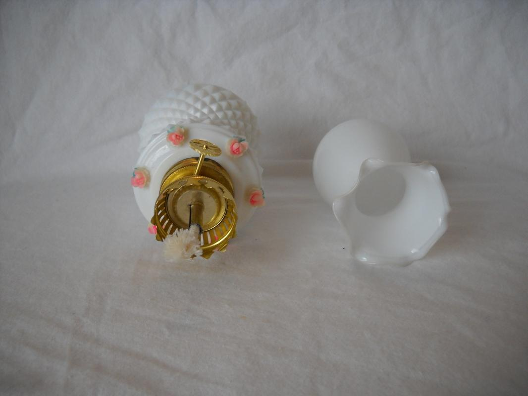 Vintage miniature oil lamp. Never used. Made in Japan