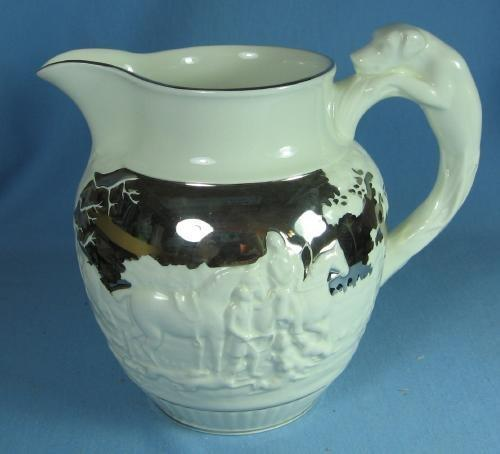 Pottery  WEDGWOOD Silver Lustre HUNT & HOUND Dog Pitcher - Antique Pottery