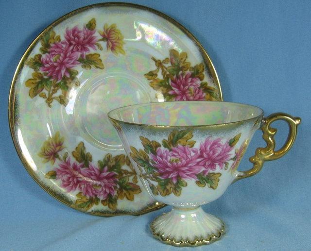 ROSINA Bone China ROSES Teacup and Saucer - Vintage Porcelain Pottery