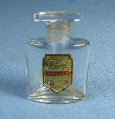 CONQUEST Perfume Bottle - Vintage miniature Blown Glass