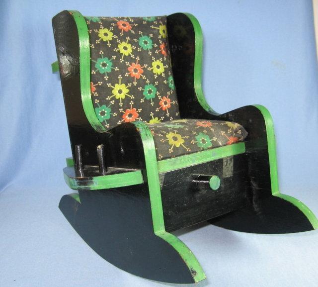 Rocking Chair PIN CUSHION Thread Holder - Folk Art  Sewing Collectible